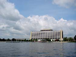 Disney contemporary resort