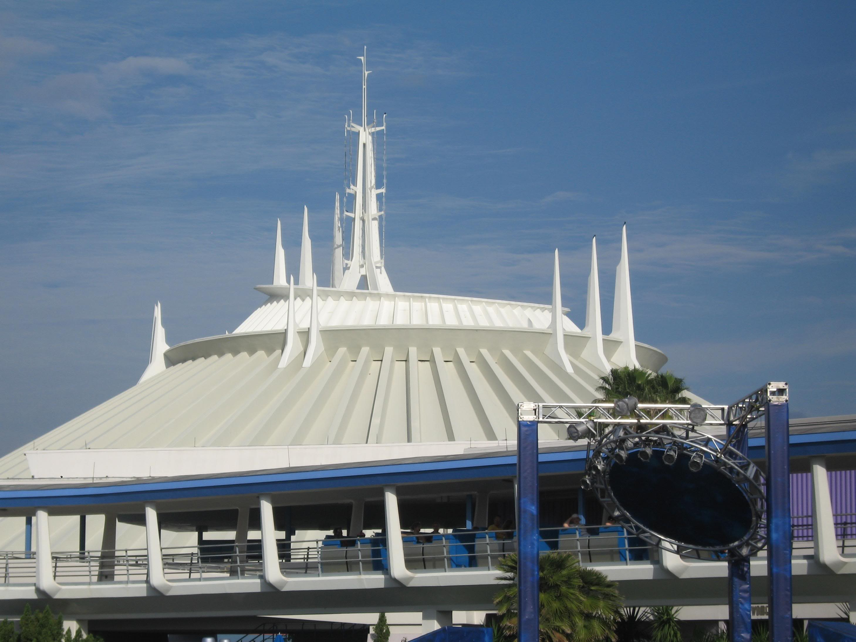 space-mountain-picture-001